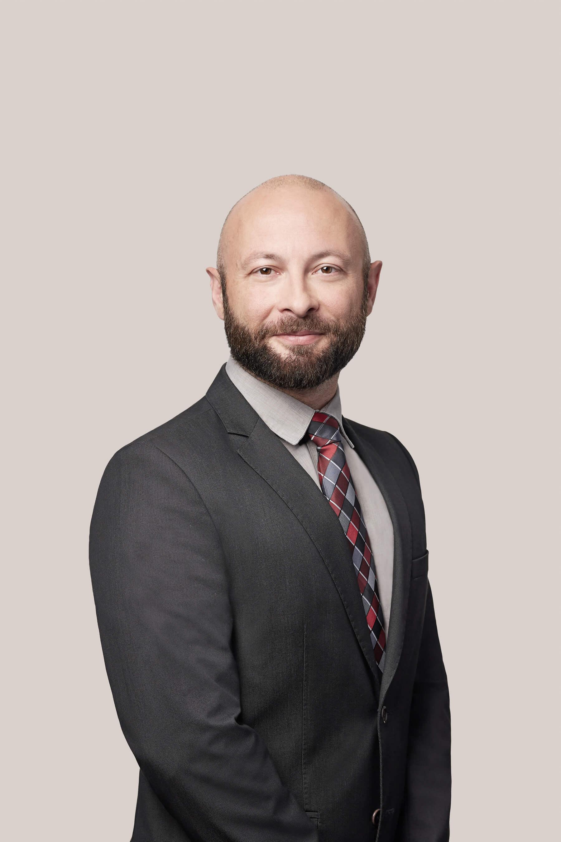 St phane aublet parajuriste technicien juridique en immigration montr al quipe fasken - Bureau d immigration canada a montreal ...